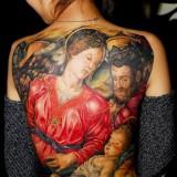 Религия и татуировки: женская спина