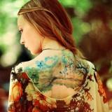 Природа на женской спине
