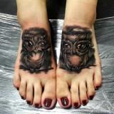 Парные совы на ногах