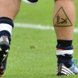 Татуировка на ноге футболиста Де Росси