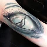 Тату: глаз женский