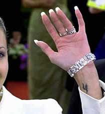 татуировки Анджелины Джоли (9)