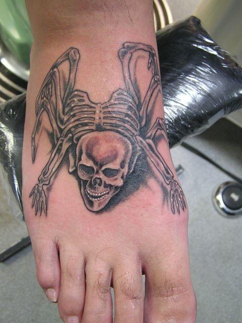 татуировки на ноге (11)