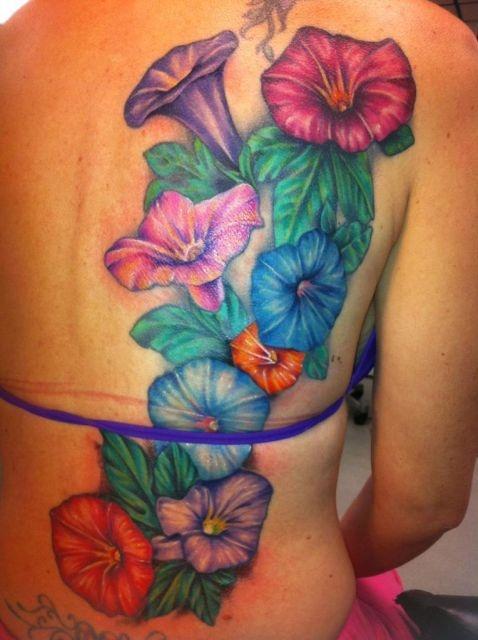 татуировки на спине (14)