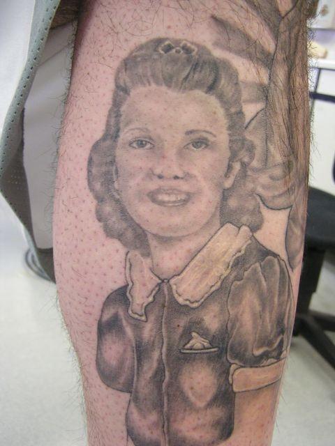 татуировки на ноге мужские