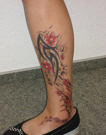 Татуировки на ногах (9)