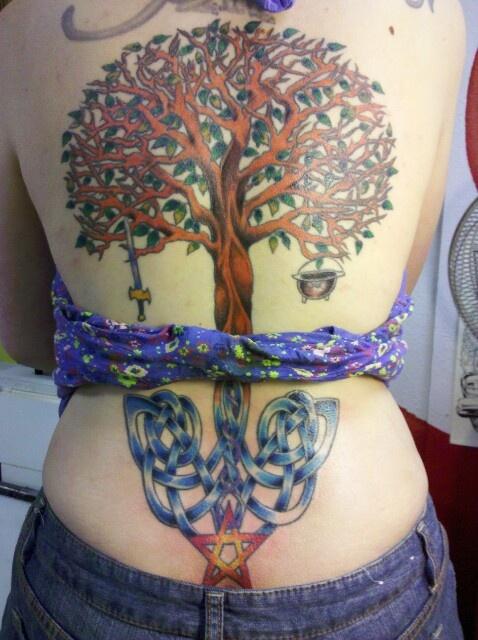 Огромная красивая спина — отличное