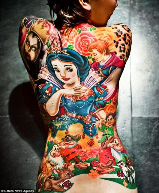 татуировки на спине