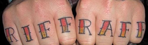 татуировки на пальцах (27)