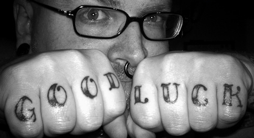 Тату на пальцах — фото татуировки