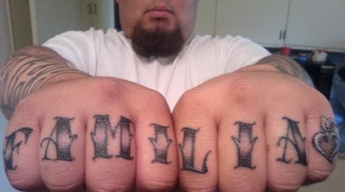 татуировки на пальцах (17)