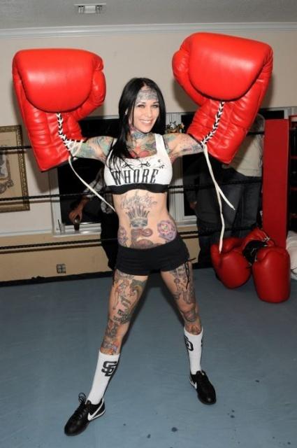 татуировки моделей (1)