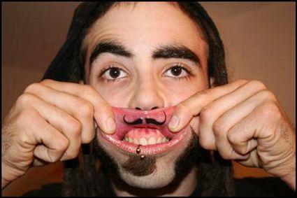 татуировки на губе (5)