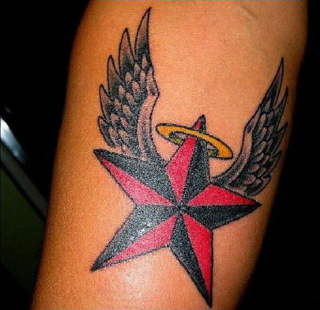 Фото татуировки звезд на ноге