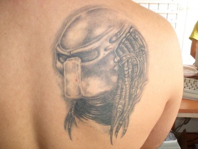 Татуировки Чужой и Хищник (17)