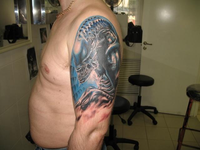 Татуировки Чужой и Хищник (15)