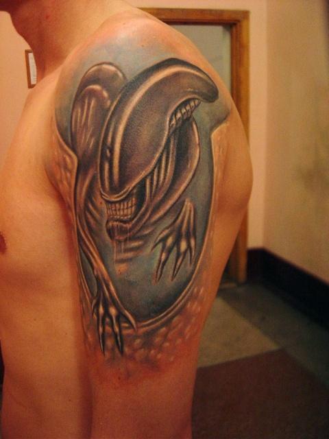 Татуировки Чужой и Хищник (12)