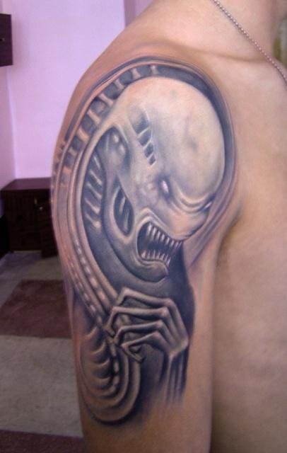 Татуировки Чужой и Хищник (2)