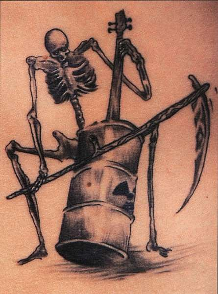 татуировки черепа (28)