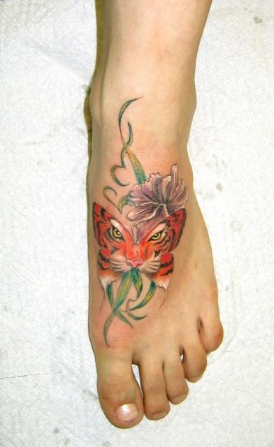 татуировки цветов (9)