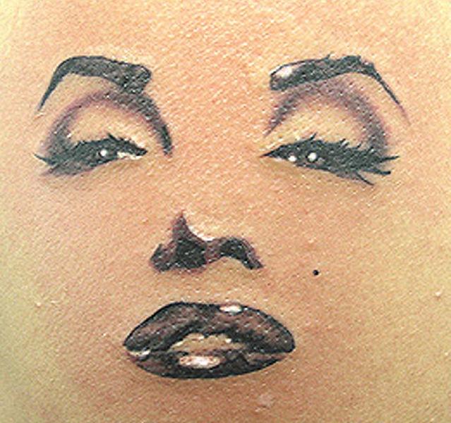 татуировки девушек на теле (14)