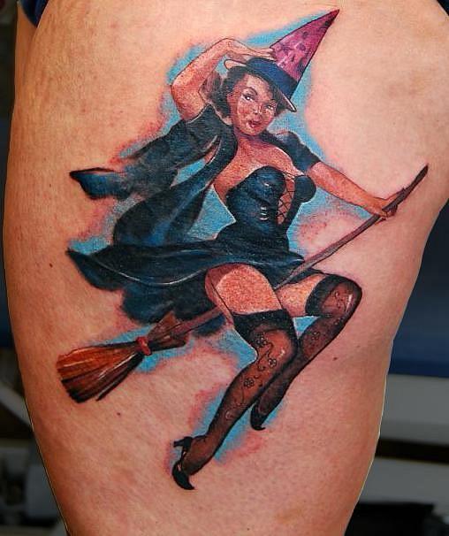 татуировки девушек на теле (8)