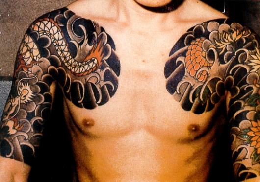японские татуировки на груди и руках
