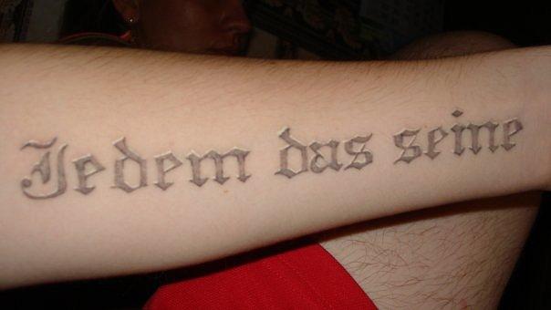 Тату надписи letter tattoo — 43 фото