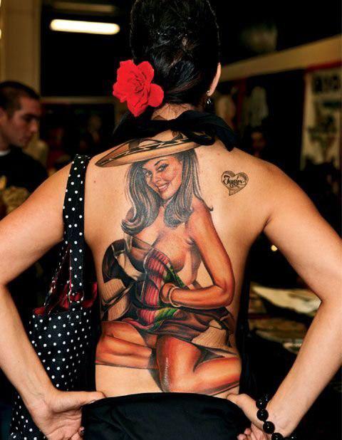 красивые татуировки для девушек на спине