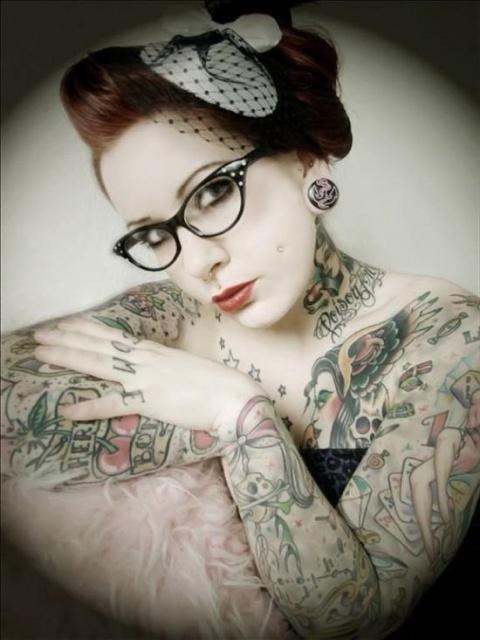 красивые татуировки для девушек на руках и шее