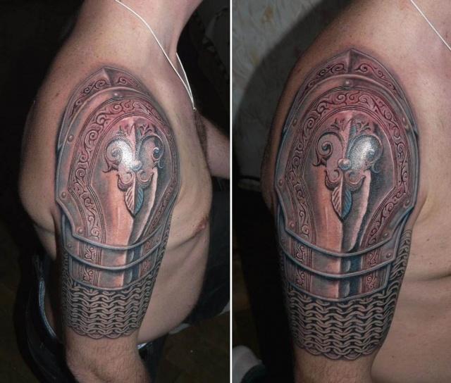 Татуировка-геральдическая лилия