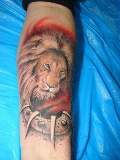 лев татуировка (10)