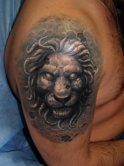 Татуировки зодиака льва
