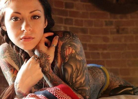 Девушки и татуировки (2)