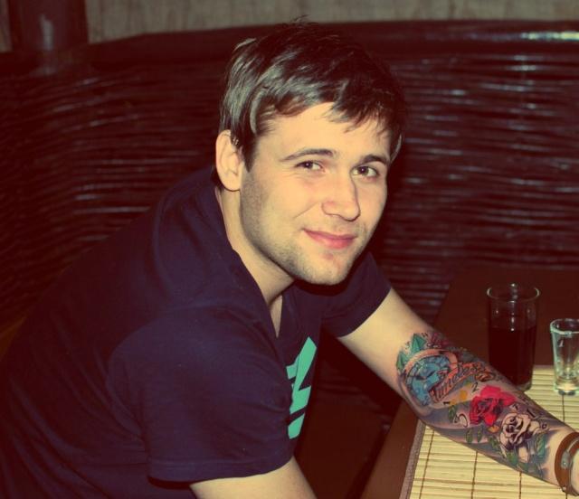 Красивые татуировки у мужчины на руке
