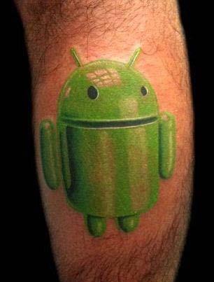 Татушки Android на мужской ноге