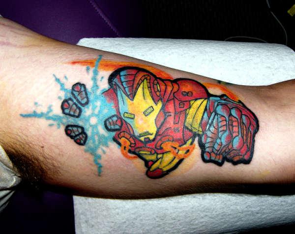 Татуировки: железный человек (28)