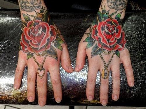 Татуировка розы на руках (6)