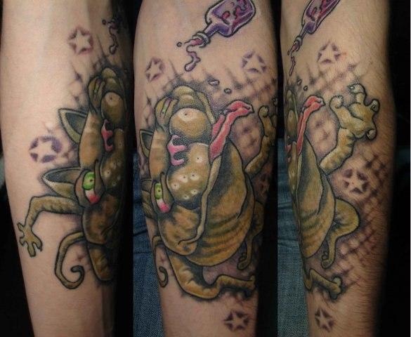 Кот-татуировка (2)