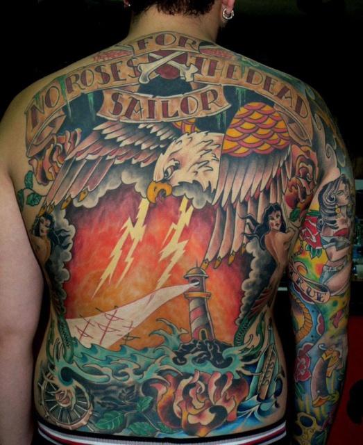 Фото татуировок на спине (3)