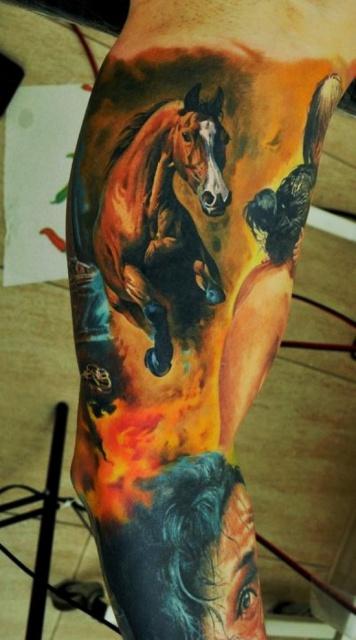Татуировки лошадей нога