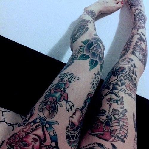 Красивые татуировки на женских ногах (6)