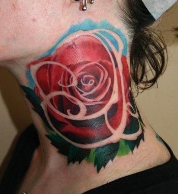 роза на женской шее (1)