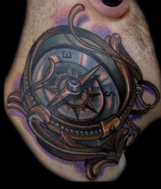 татуировки на шее (5)