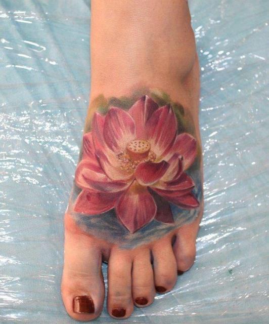 Татуировки на ступнях (5)