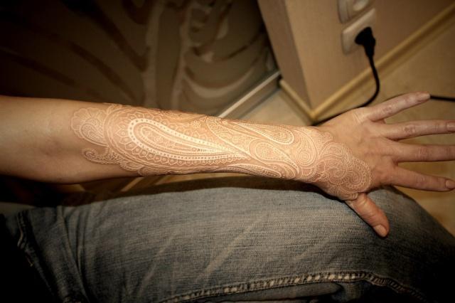 Белая татуировка (1)