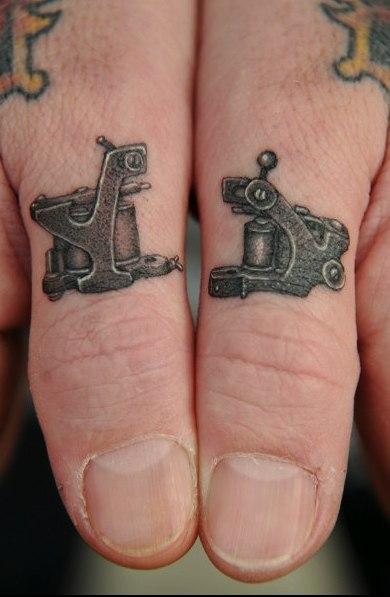 татуировки руки пальцы (5)