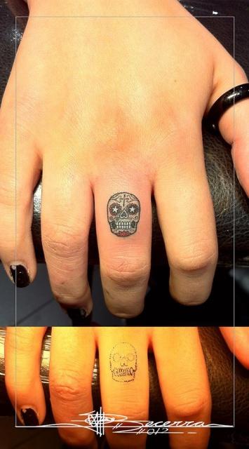 татуировки руки пальцы (15)