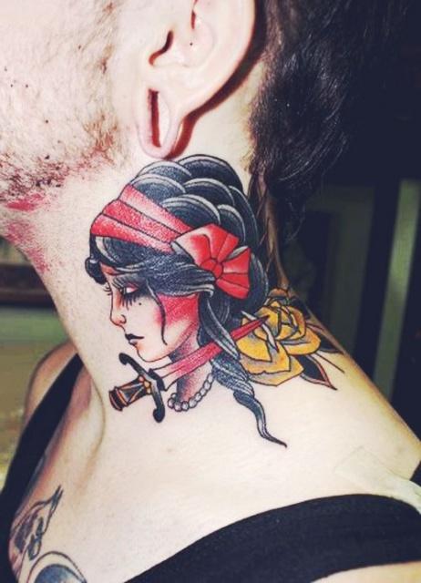 татуировки шея (5)
