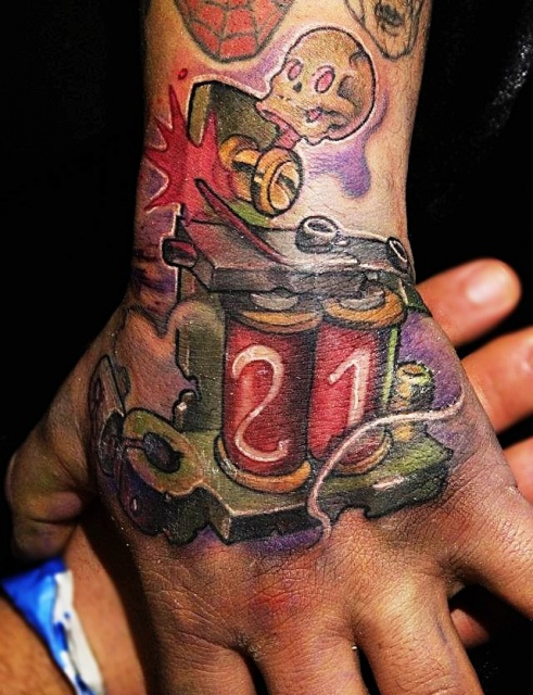 руки татуировки (2)